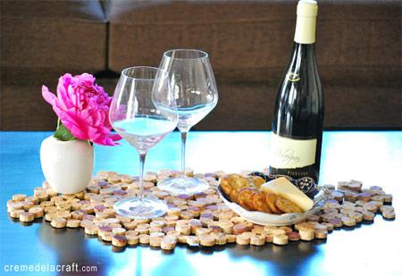 Nova vida para rolhas - descanso de panelas feito com rolhas de cortiça de garrafas de vinhos