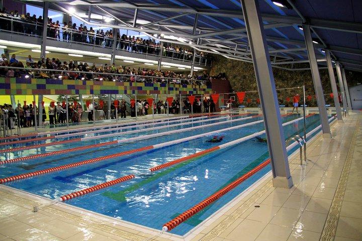 Inauguraci n de la piscina municipal guia de isora for Piscinas municipales palma