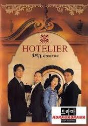 Hotelier - Người quản lý khách sạn - hoa mẫu đơn