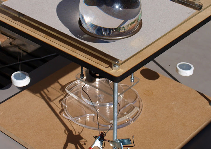 3D Printer that Prints Glass from Sand and a Sun-Powered Cutter