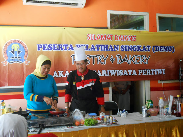 Kegiatan Pastry and Bakery Akademi Pariwisata Pertiwi Depok