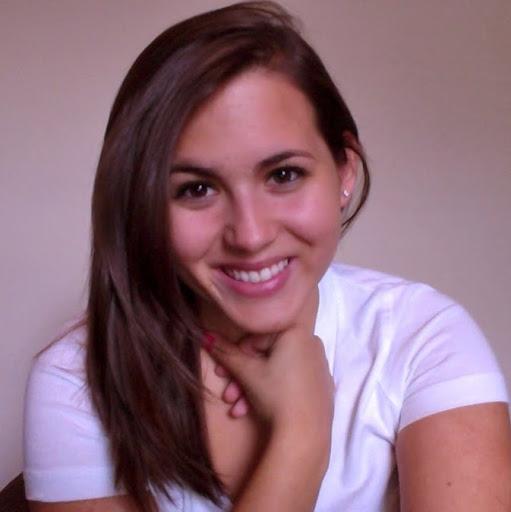 Isabel Gutierrez Photo 28