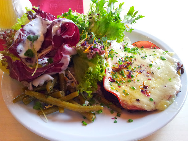 Bild von meinem Rösti mit Salat
