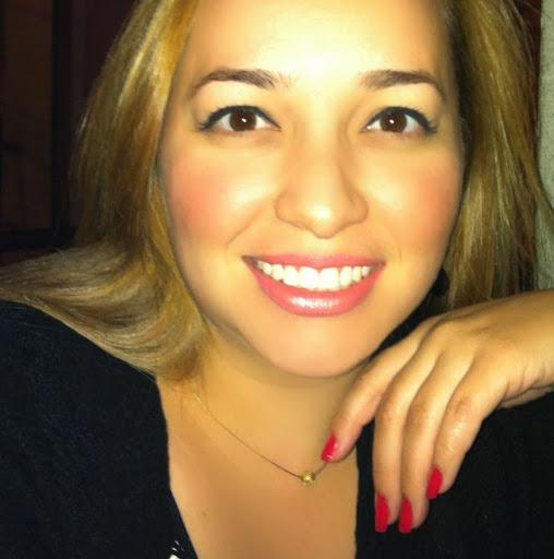 Elaine Moreno Photo 23