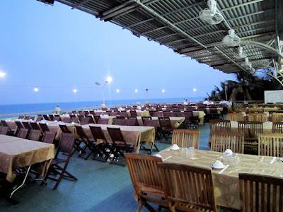 danang-beach-hotel-seafood-restaurant