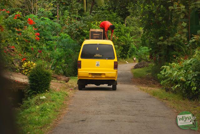 Rute angkutan umum ke Kalirejo menuju Curug Benowo, di Desa Bener, Purworejo, Jawa Tengah