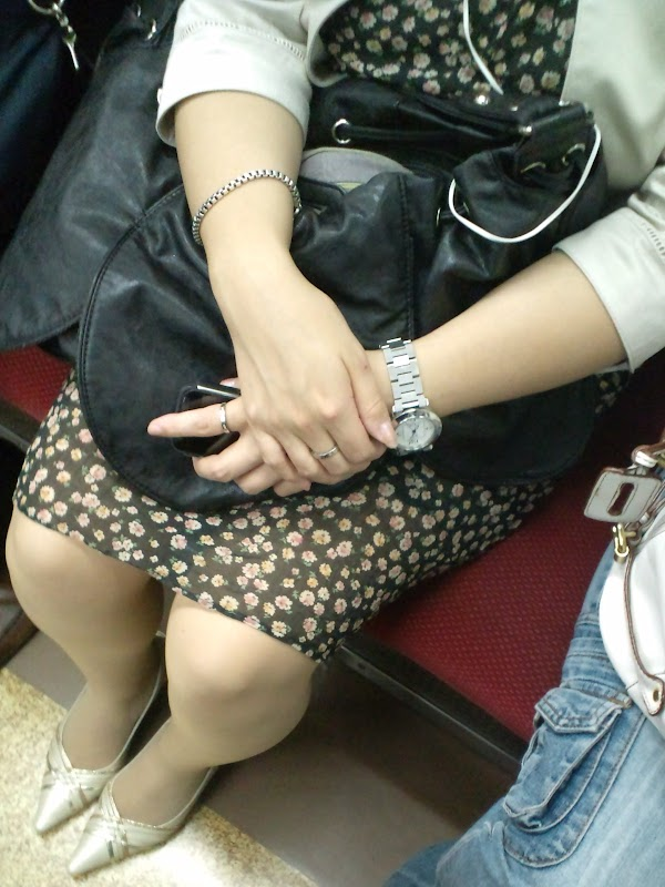 in the train [sitting] vol.10 part 4:upskirt,picasa0