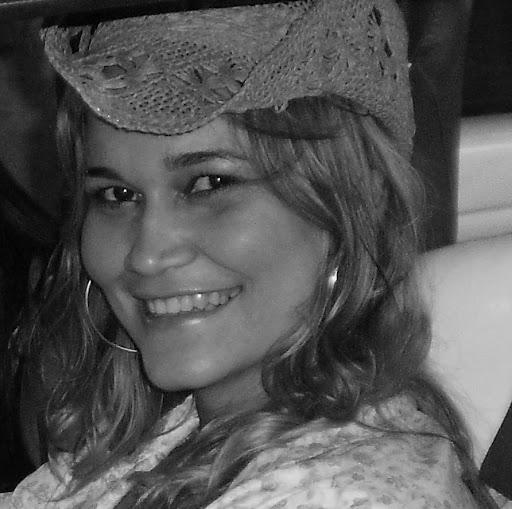 Cristiane Lopes Photo 22