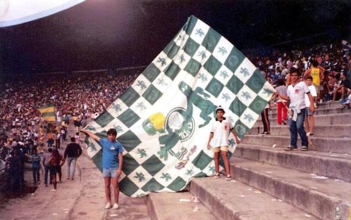 9d8e252c2a Torcidas do Vasco  FORÇA JOVEM 1991  AMIZADES