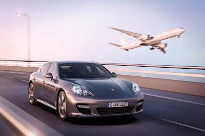 Porsche-Panamera_Turbo S_2012_1280x854_Front_Angle_02