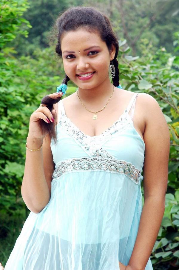 tamil cleavage videos