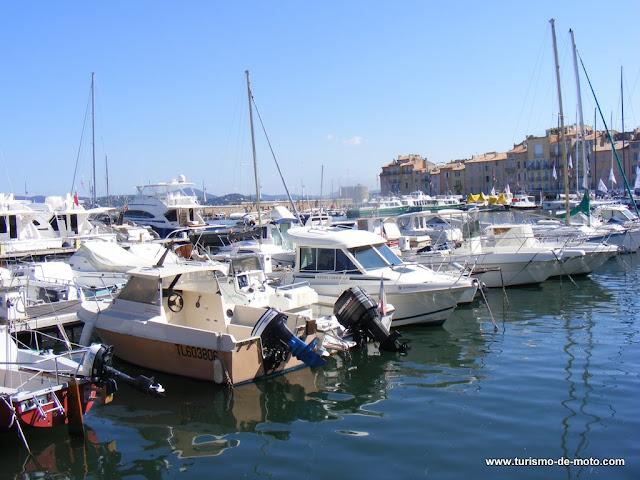 Saint-Tropez, costa da Riviera Francesa, França