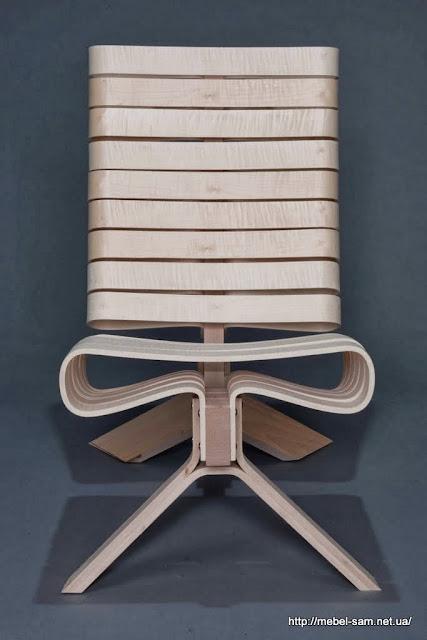 Кресло из гнутоклееной фанеры - вид спереди