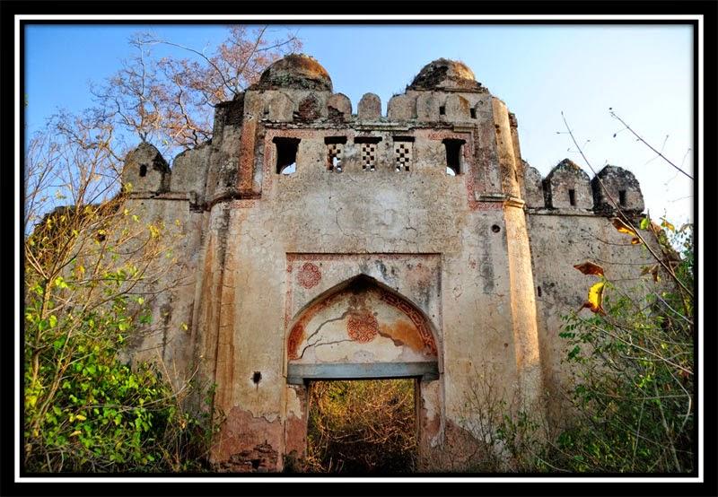 Gate inside New Palamu Fort