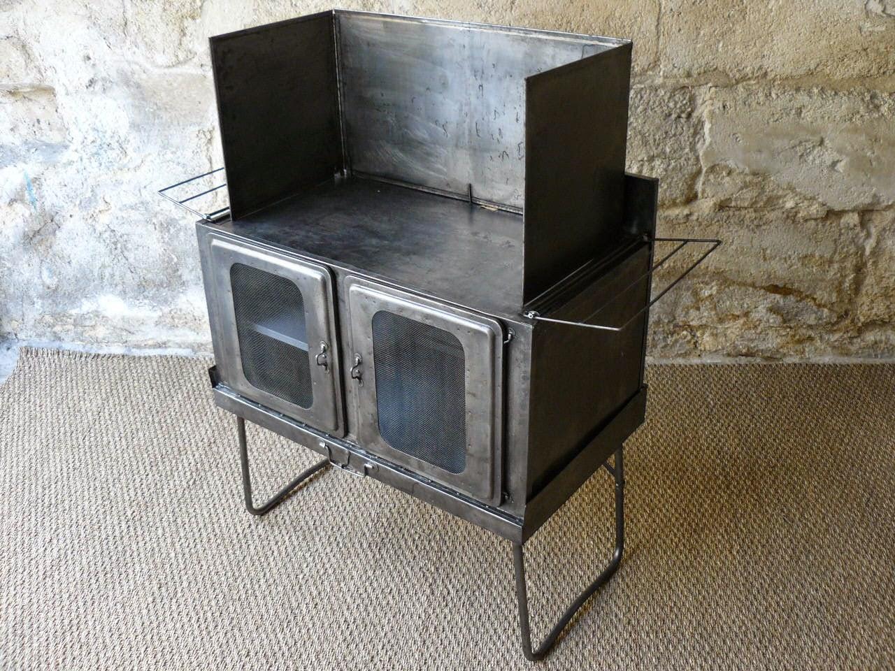 petit meuble de camping vintage mai. Black Bedroom Furniture Sets. Home Design Ideas