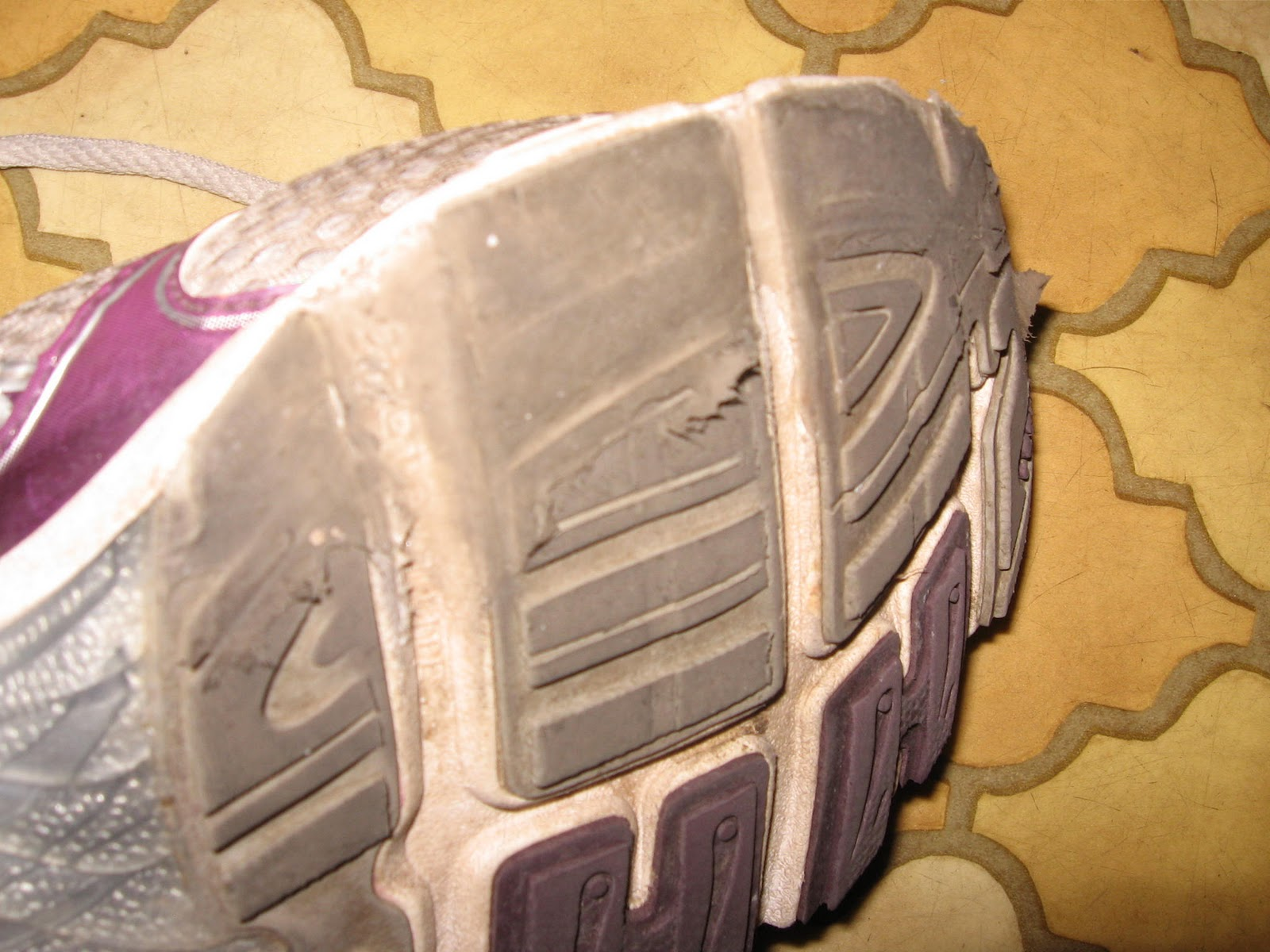 How To Use Shoe Goo To Repair Soles