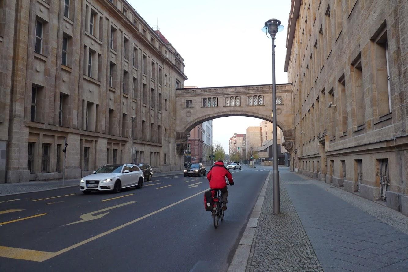 Une avenue dans Mitte