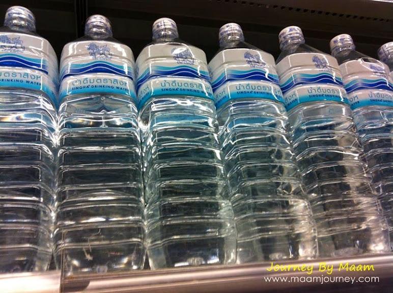 น้ำดื่ม_น้ำดื่มสะอาด_น้ำดื่มปลอดภัย_น้ำดื่มตราสิงห์_Drinking Water_1.25 ลิตร