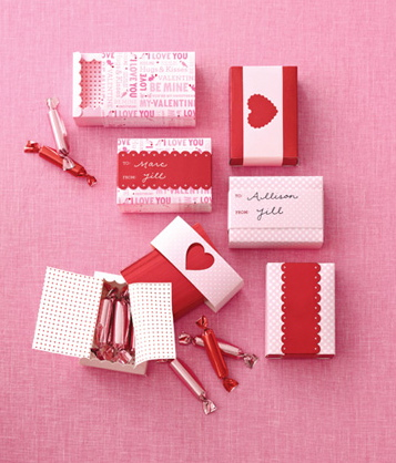 Mini Treat Boxes- so tiny, so cute! http://msc.eksuccessbrands.com/Product/Valentines+Day+Mini+Treat+Boxes.aspx#