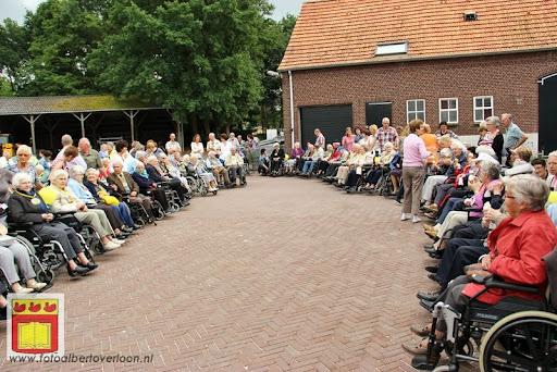 Rolstoel driedaagse 28-06-2012 overloon dag 2 (15).JPG