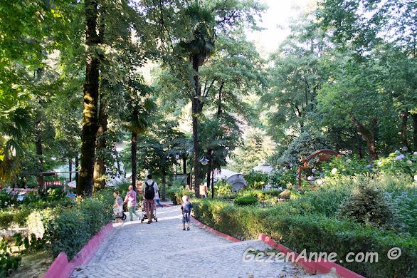 Termal'in yeşillikler içindeki ortamı, Yalova