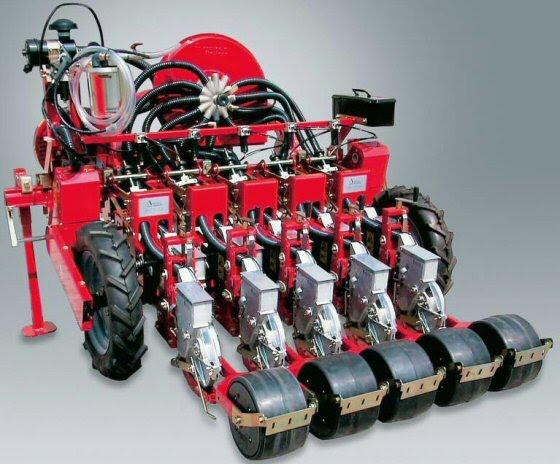 ΦΥΤΕΥΤΙΚΗ ΣΠΑΡΤΙΚΗ ΠΝΕΥΜΑΤΙΚΗ ΜΗΧΑΝΗ ΤΡΑΚΤΕΡ ΕΛΚΥΣΤΗΡΑΣ ΕΛΚΥΣΤΗΡΕΣ  pneumatikes mixanes Πνευματική σπαρτική μηχανή 5 σειρών Agricola Italiana τύπου SNT-2-110 για κηπευτικά