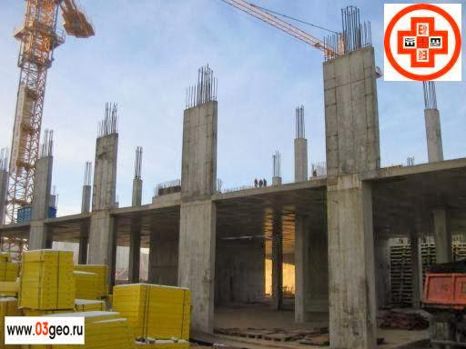 Измерение крена (проверка вертикальности) железобетонных колонн и составление исполнительной схемы с отклонениями от проекта. Картинка монолитного каркаса строящегося здания