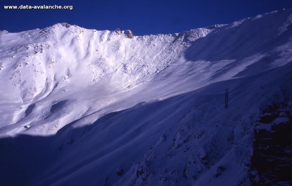 Avalanche Mont Thabor, secteur Punta Bagna, entre la pointe du Fréjus et la pointe d'Arrondaz - Photo 1 - © Duclos Alain