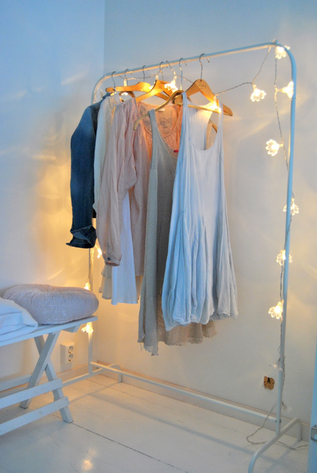 1000 images about bedroom fairy lights on pinterest - Bedroom furniture for hanging clothes ...