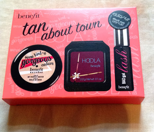 Picture of the benefit tan about town set of mini products