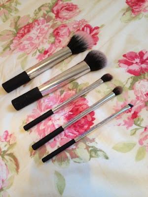 Nic's picks Real Techniques brush set