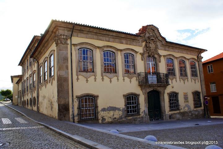 Casa dos Serpas ou Casa de Santa Cruz