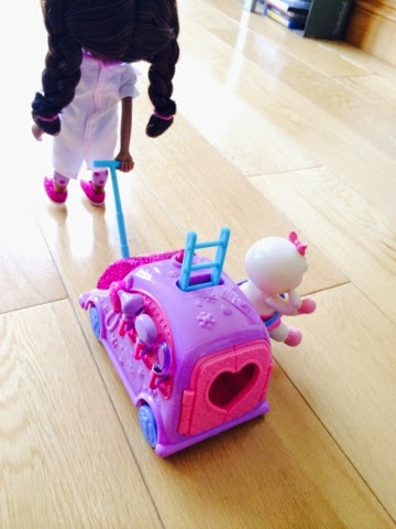 Doc Mcstuffins Walk n Talk Mobile