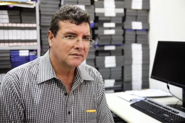 UFRN: TV Universitária organiza acervo de 40 anos de conteúdo em estantes deslizantes