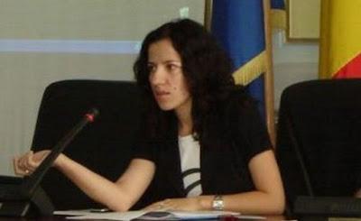roxana%252520m Un nou consilier judeţean – Roxana Minzatu