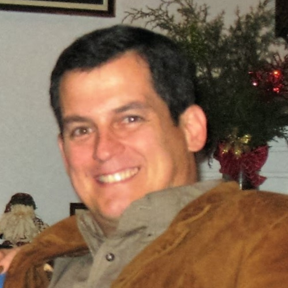 Edgar E. Toro Pérez avatar