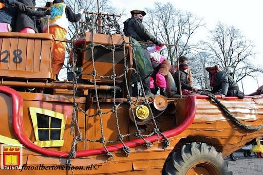 Carnavalsoptocht overloon 10-02-2013 (13).JPG