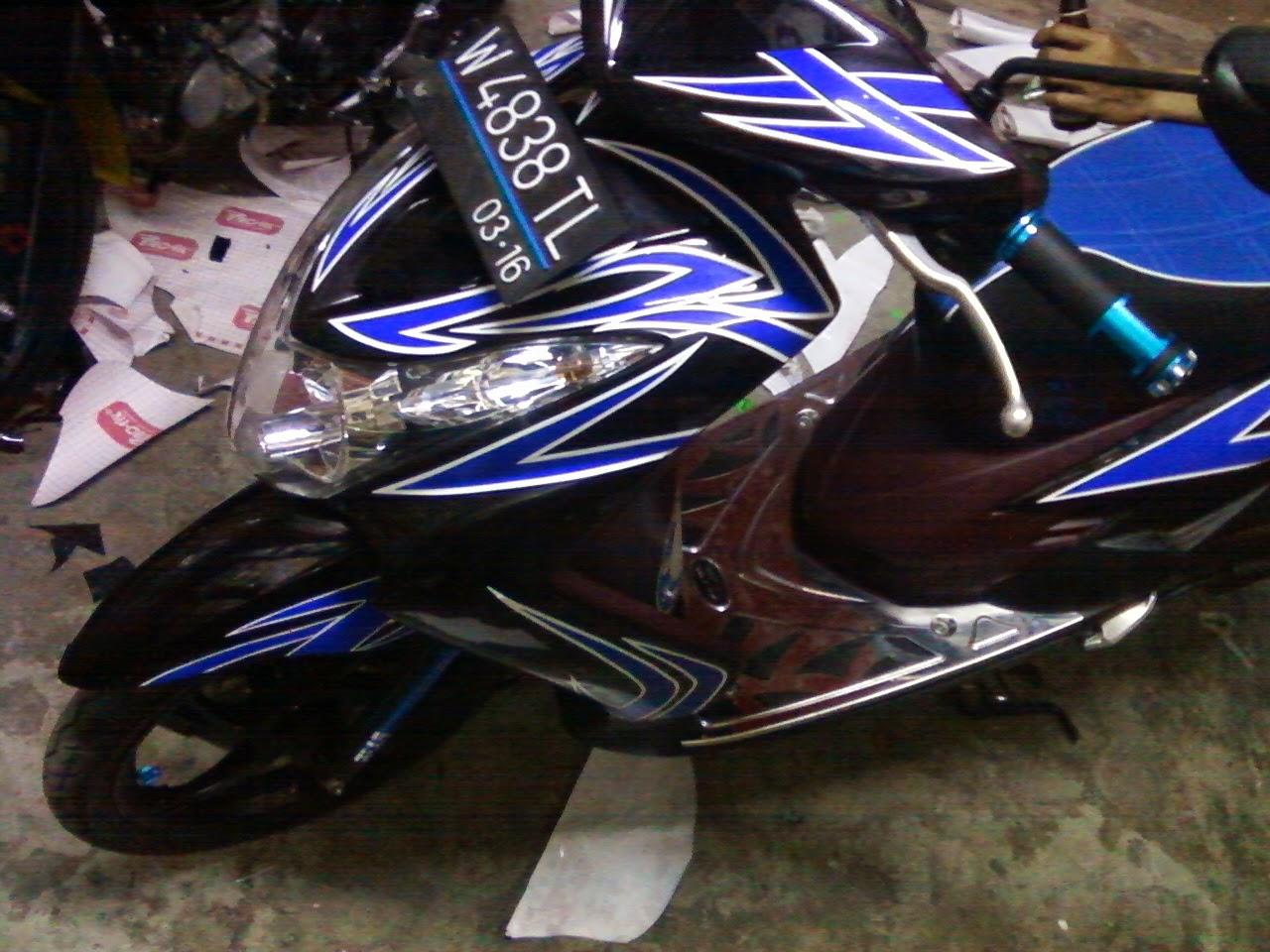 Modifikasi Motor Yamaha 2016: Modifikasi Stiker Motor Mio ...