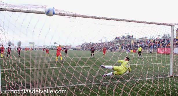 Las imagenes de la victoria del deportivo San Pedro a Carcha