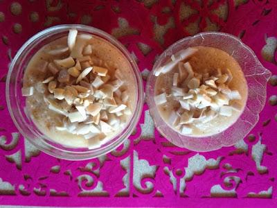Tapioka ze świeżym kokosem i migdałami