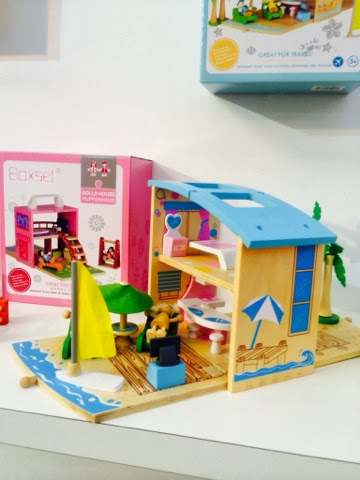 wooden travel toy Boxset beach house