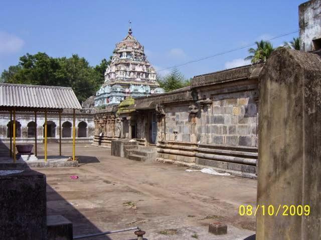 Sri Pranava Vyakrapureeswar Temple, Thiru Omampuliyur, Kattumannarkoil - 275 Shiva Temples