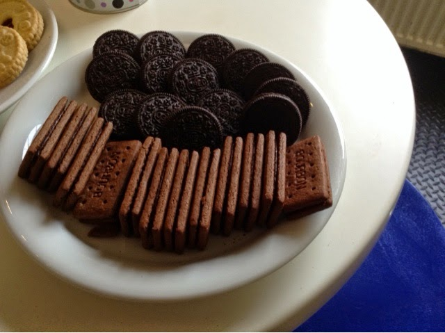 Vegan biscuits - Oreos and Bourbon Creams