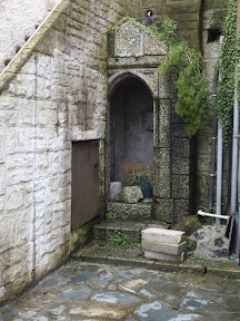 A rather interesting Mevagissey doorway