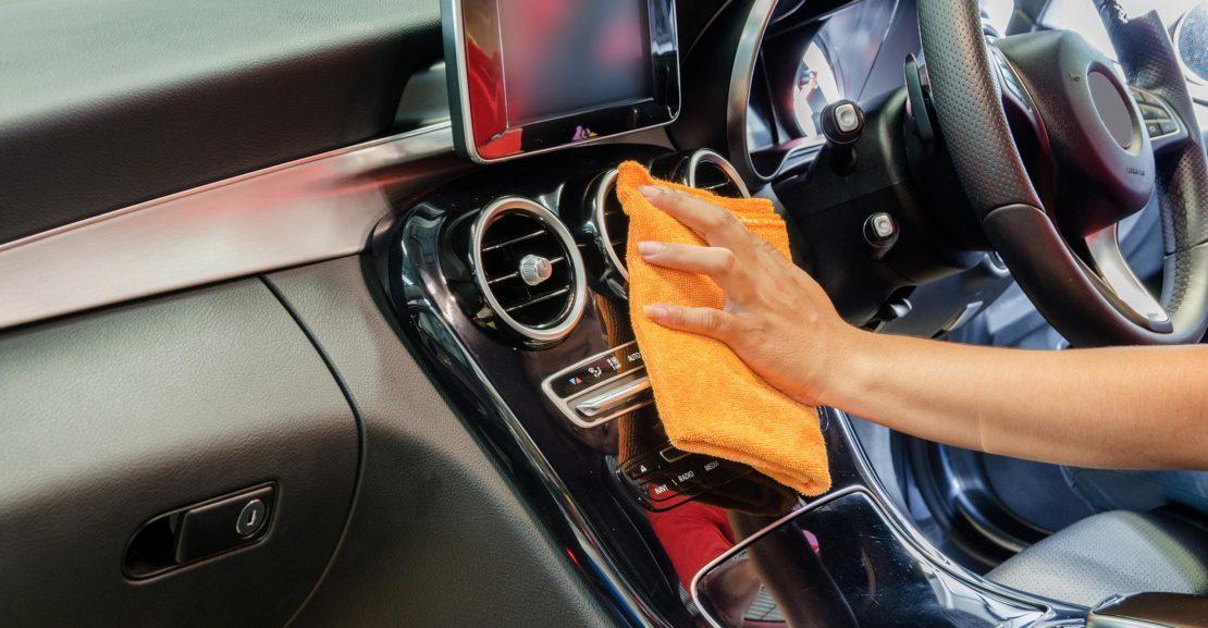 tips-membersihkan-interior-mobil-agar-terbebas-dari-virus-dan-bakteri