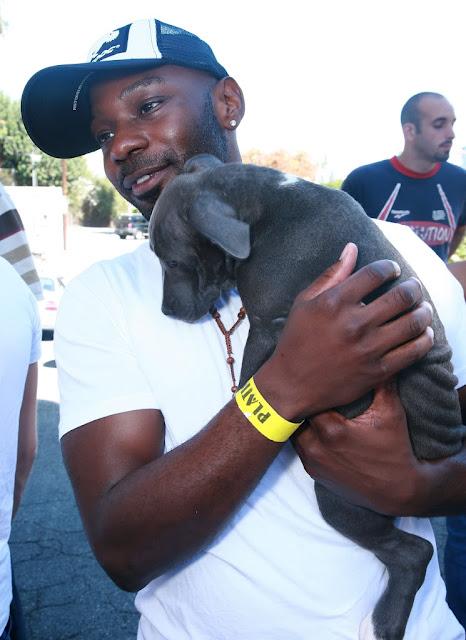 Nelsan Ellis and a dog 1