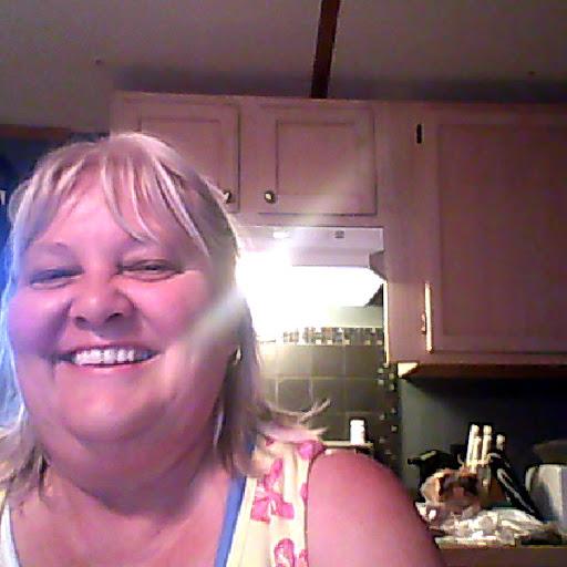 Debbie Pritchard Photo 16