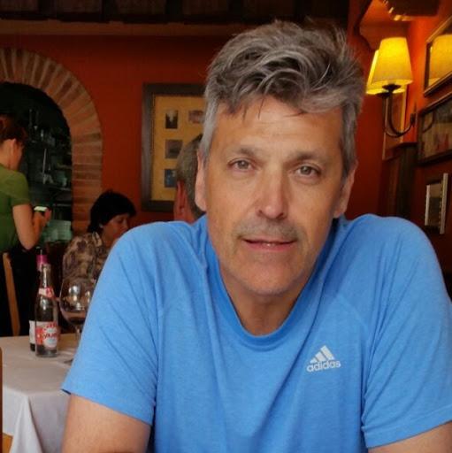 Francisco Saavedra Photo 24