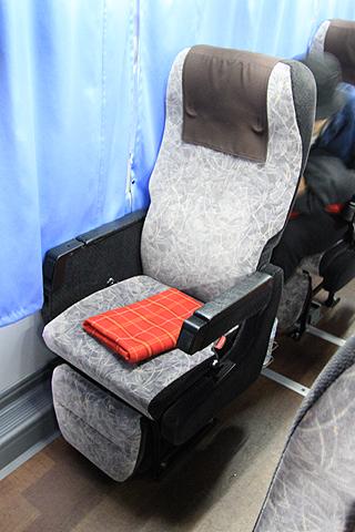 富士観光バス「ロイヤルエクスプレス」東京便 シート