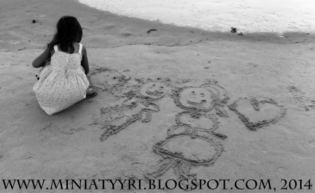 5v. lapsen piirustuksia meren rannalla - 5yr old child's drawings by the sea | Miniatyyria